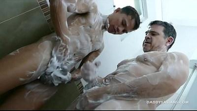 Daddy Mike Barebacks Asian Boy Alex