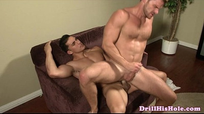 Landon Conrad fucks bottoms ass